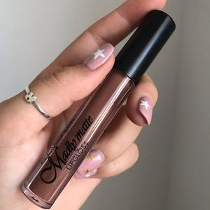 Other - Madly matte lipstick